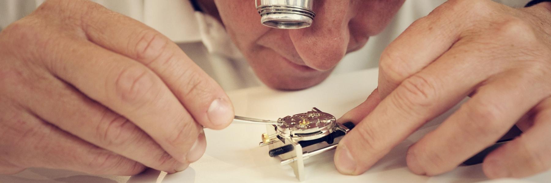 Établis d'horloger
